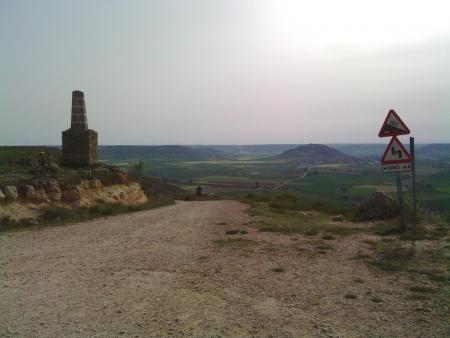 Sulla cima della  collina Teso di Mostelares