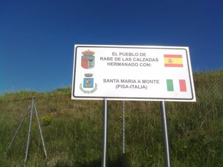 Rabe de la Calzada gemellato con Santa Maria a Monte in Toscana