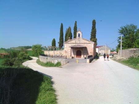 Passando per il paese Rabe de la Calzada