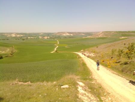 Il cammino, arrivando a Hornillos del Camino