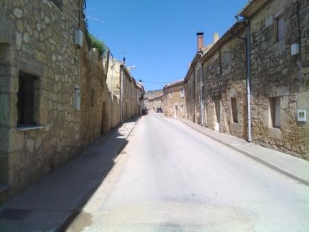 Paese - Hornillos del Camino - tradotto Caminetti del cammino
